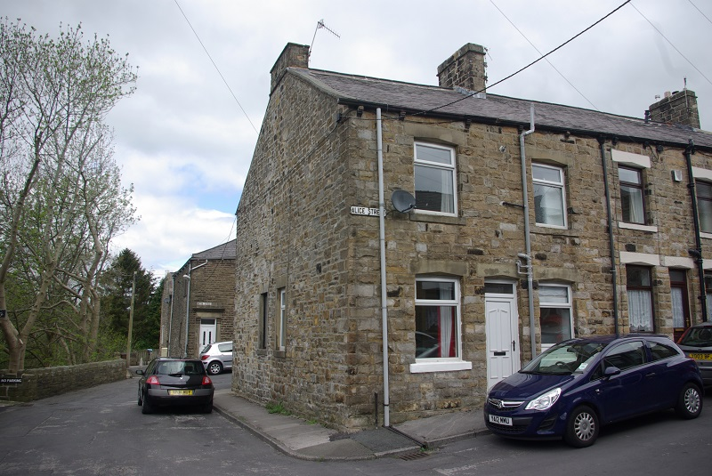 1 Bed Cottage in Barnoldswick